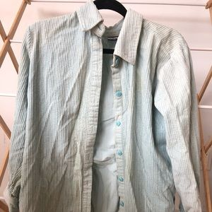Croft & barrow light blue button up